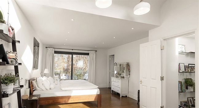 Loft conversion specialists london and essex bespoke lofts Difference between master bedroom and ensuite
